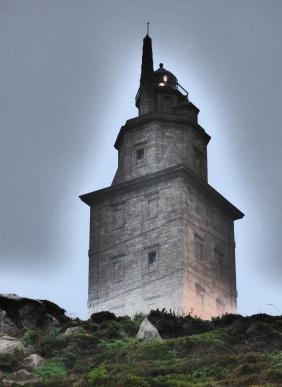 torre asomándose